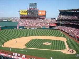 Partido de Béisbol en el Angels Stadium